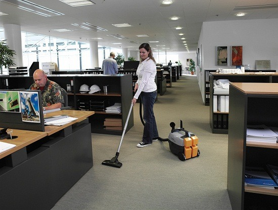 Office Cleaning Services at Budget Prices in Singapore Image (1/1)