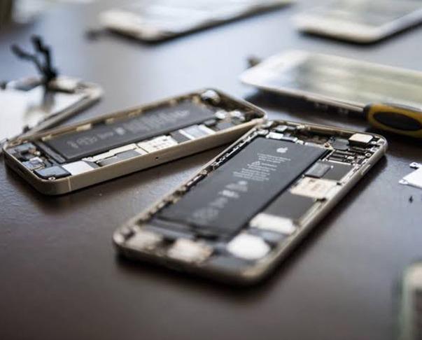 Top IPhone Repair in North Shore! Image